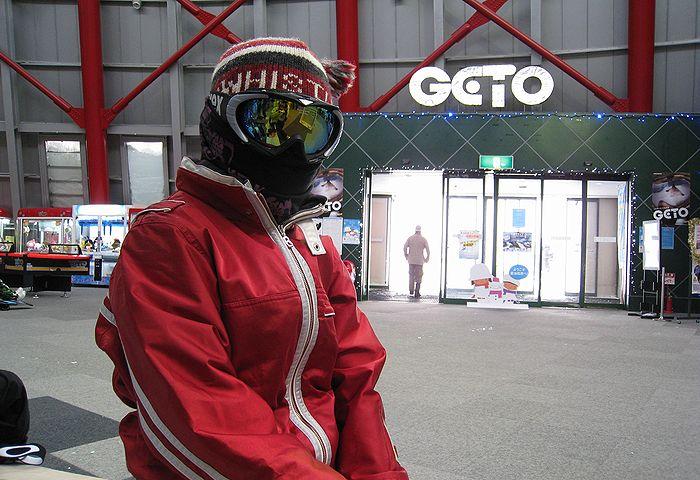 201002061