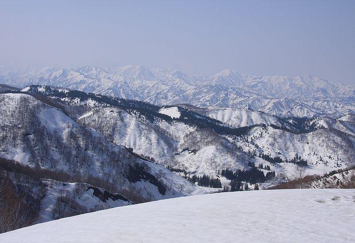 201104108